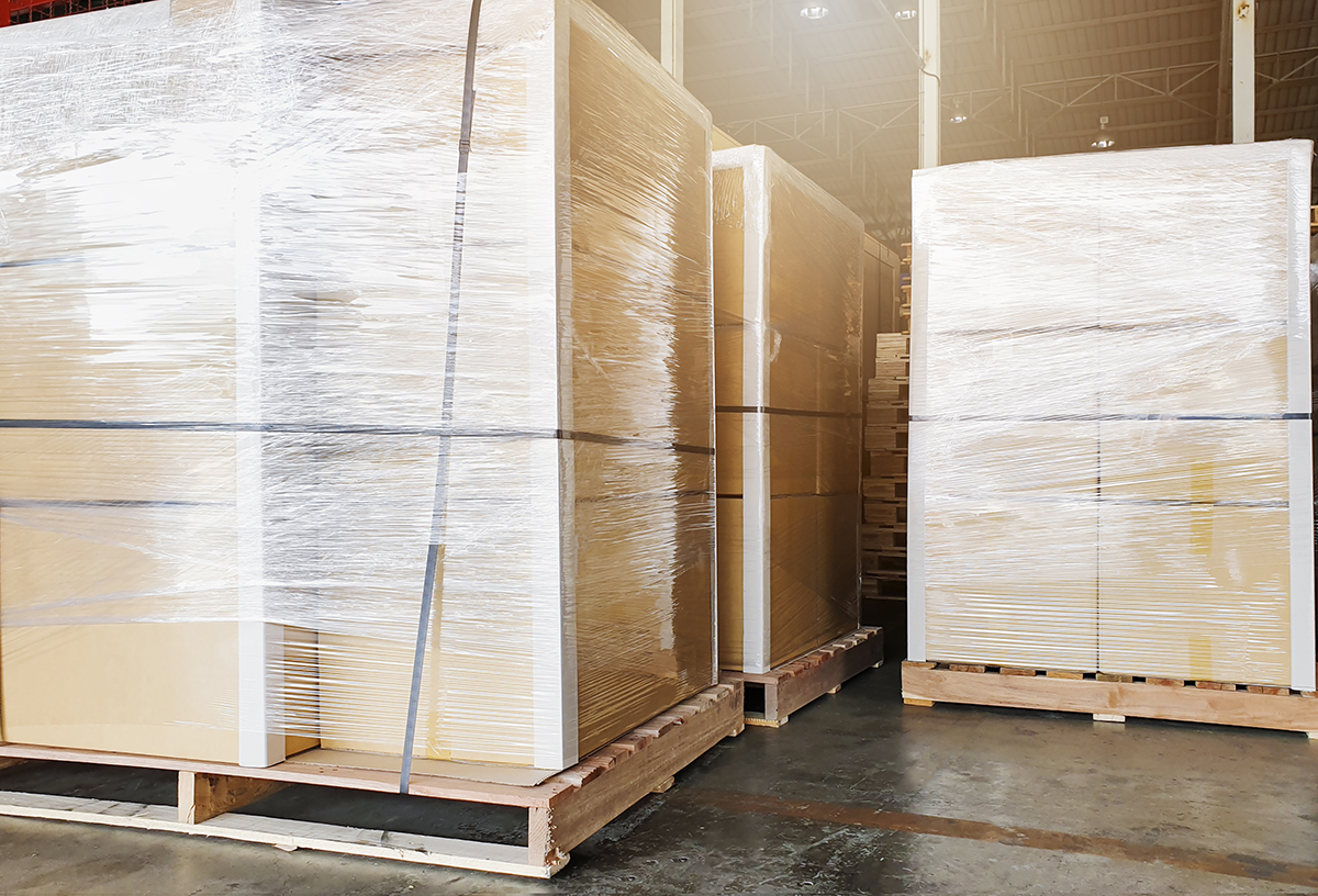 Large shipment goods wrapping plastic on pallets.